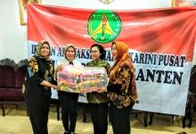 IAD Pusat Serahkan Bantuan Untuk Korban Tsunami