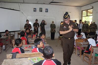 Kejati Banten adakan kegiatan Jaksa Masuk Sekolah di SDN Bugel Pamarayan